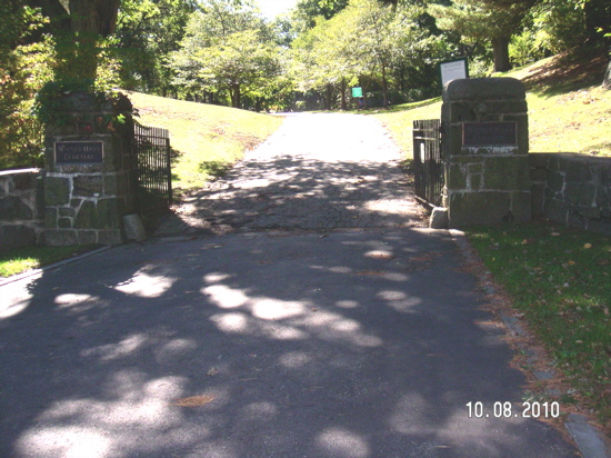 Walnut Hills Cemetery