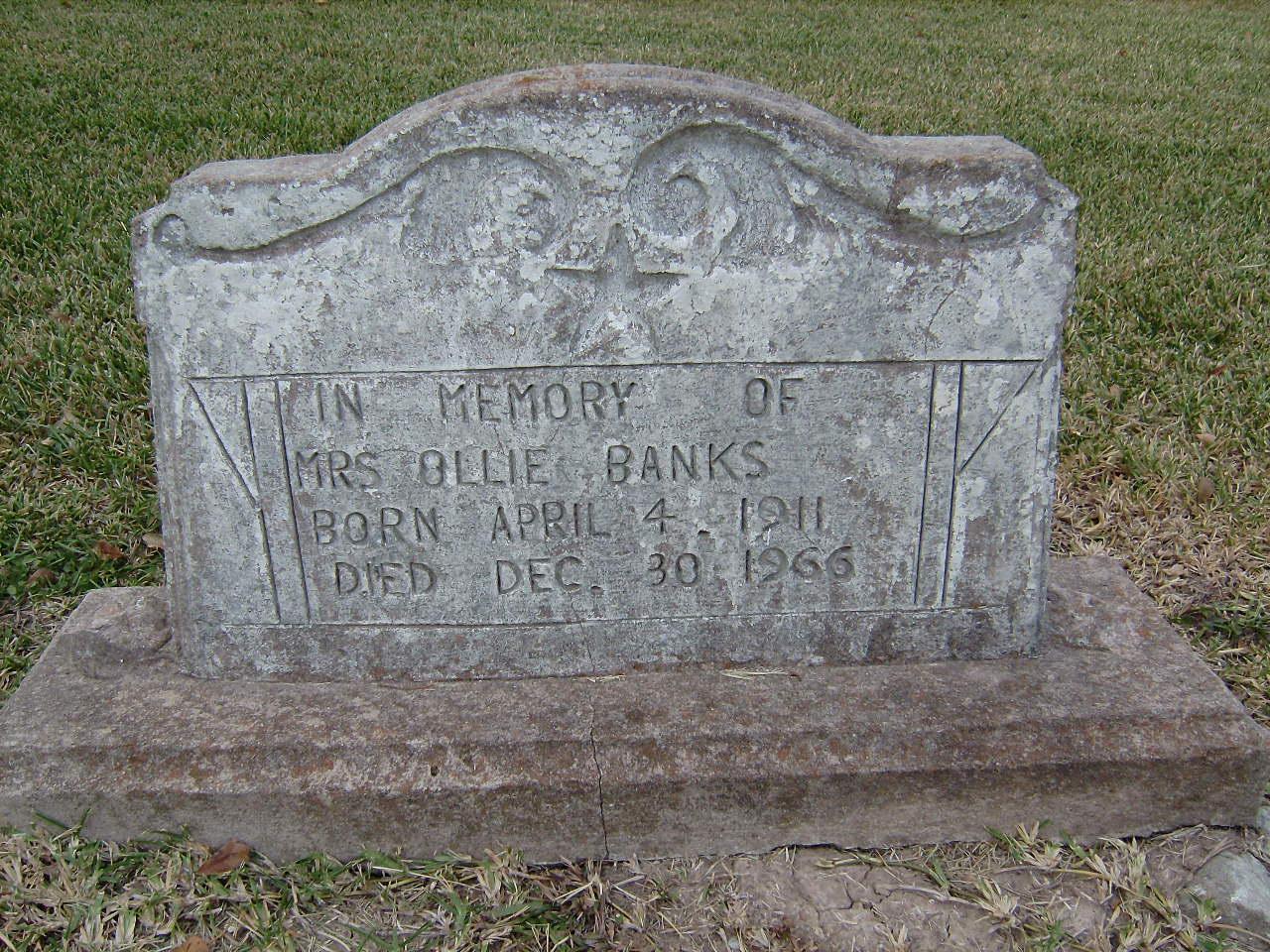 Mrs Ollie Mae <i>Woodard</i> Banks