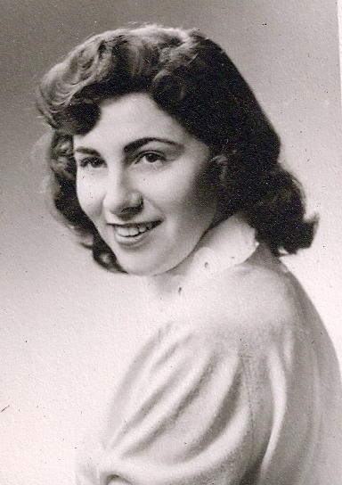 Christine <i>Carson</i> Essek