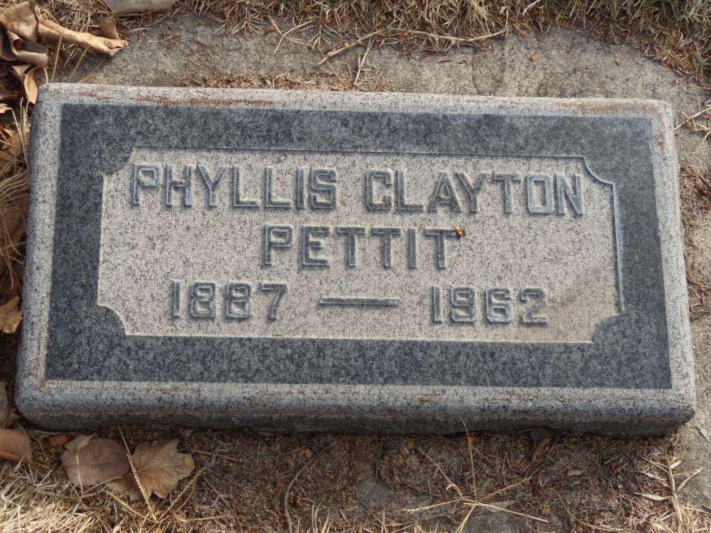 Phyllis <i>Clayton</i> Pettit