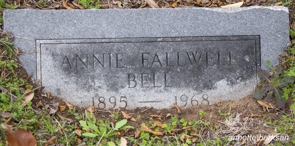 Annie Laura <i>McGill</i> Bell