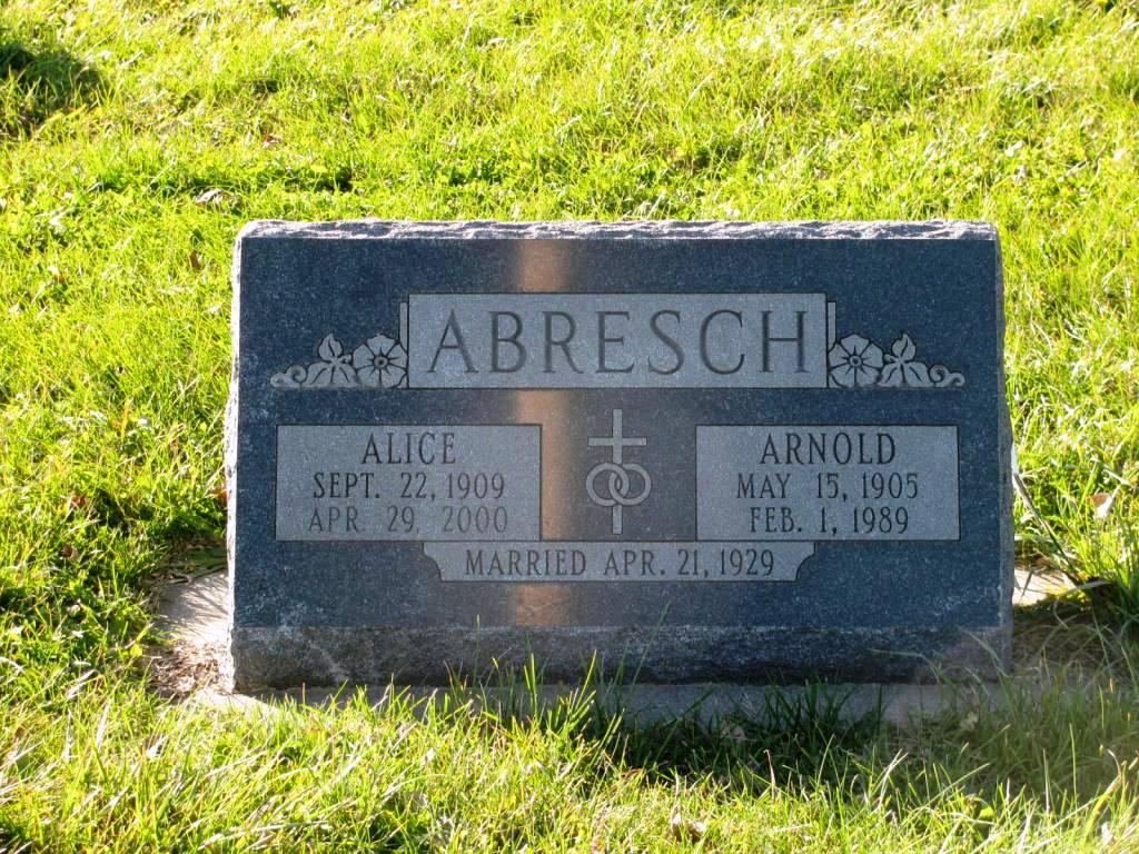 Alice <i>Suhr</i> Abresch