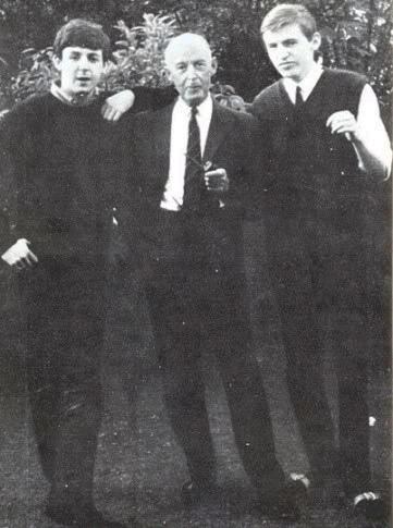 The Beatles Polska: Odszedł James McCartney, ojciec Paula.