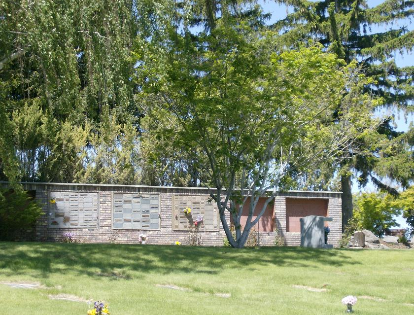 West Hills Memorial Park