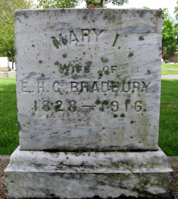 Mary I <i>Wakefield</i> Bradbury