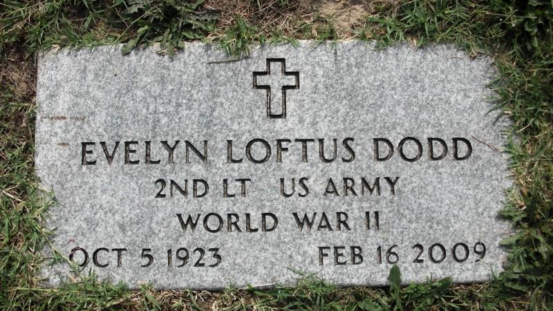 2nd LT. Evelyn <i>Loftus</i> Dodd