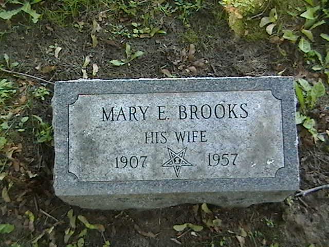 Mrs Mary E <i>Brooks</i> Bleau