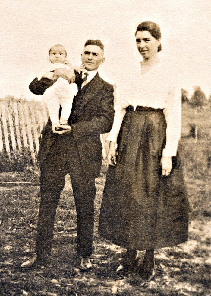 Gertrude Mamie Gertie <i>Donoho</i> Alvis
