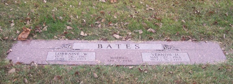 Lorraine <i>Wayne</i> Bates