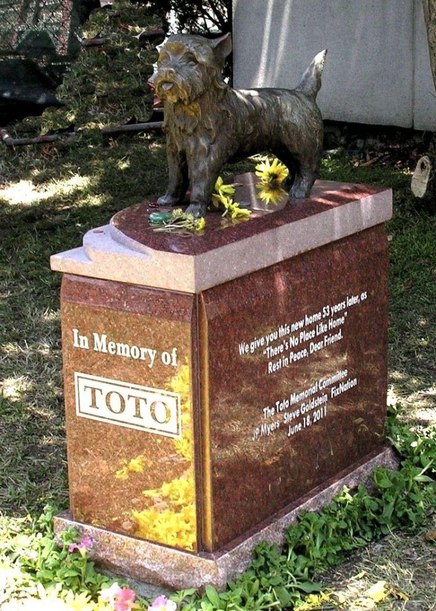 Toto (1933-1945) - Find A Grave Memorial