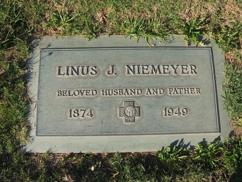Linus John Niemeyer