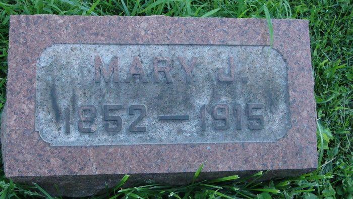 Mary J Deemer