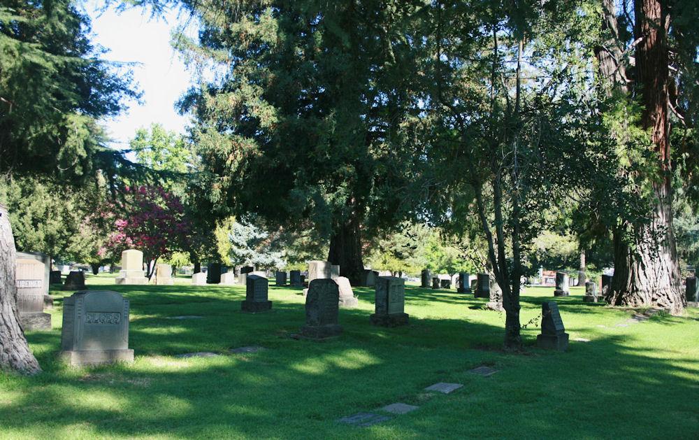 Odd Fellows Lawn Cemetery and Mausoleum