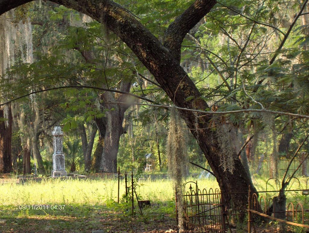 Crosby Lake Cemetery
