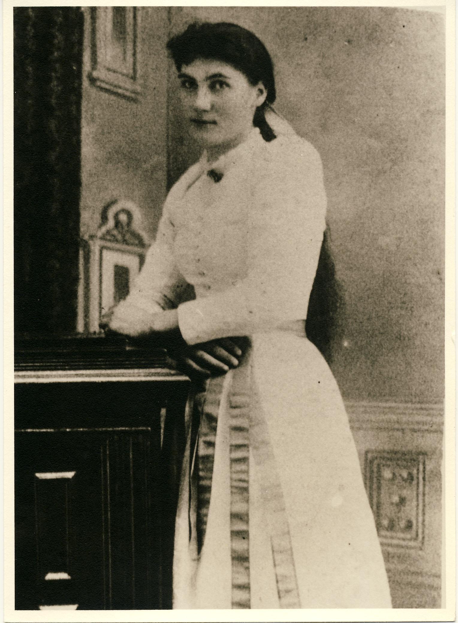 Anna Eudora <i>Derrick</i> Blodgett