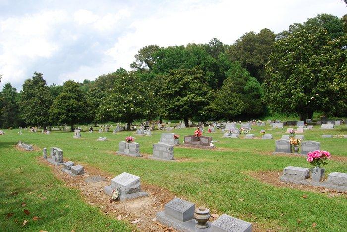 Magnolia Gardens Cemetery