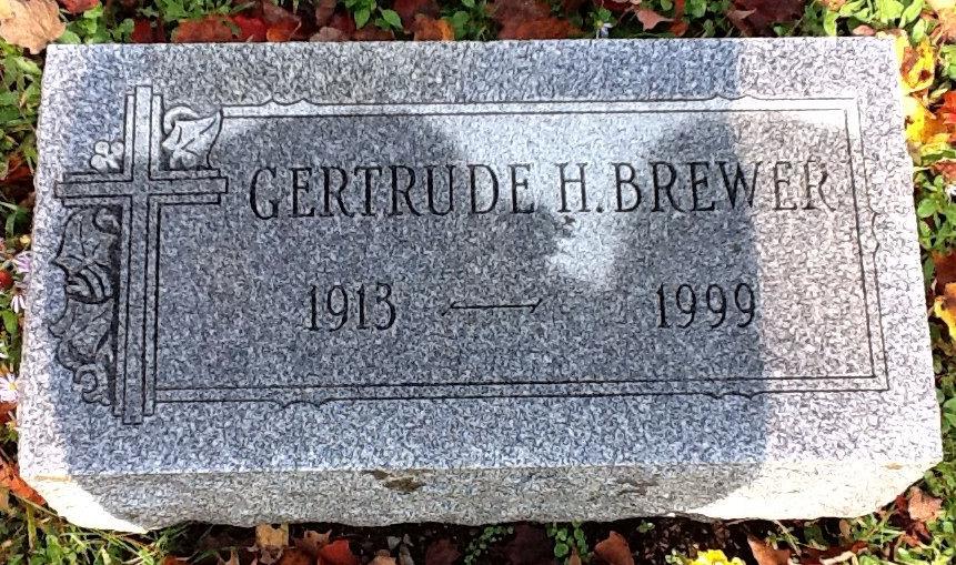 Gertrude Hilda <i>Ploetz</i> Brewer