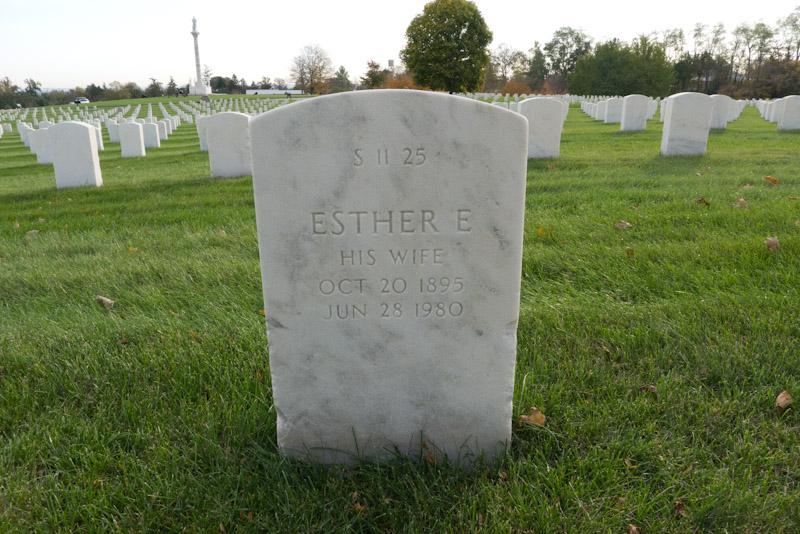 Esther E Payne
