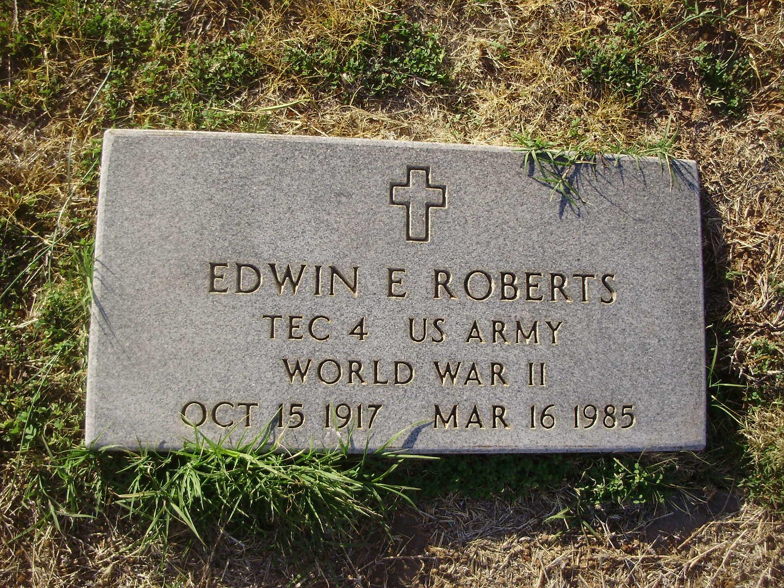 Edwin E Roberts