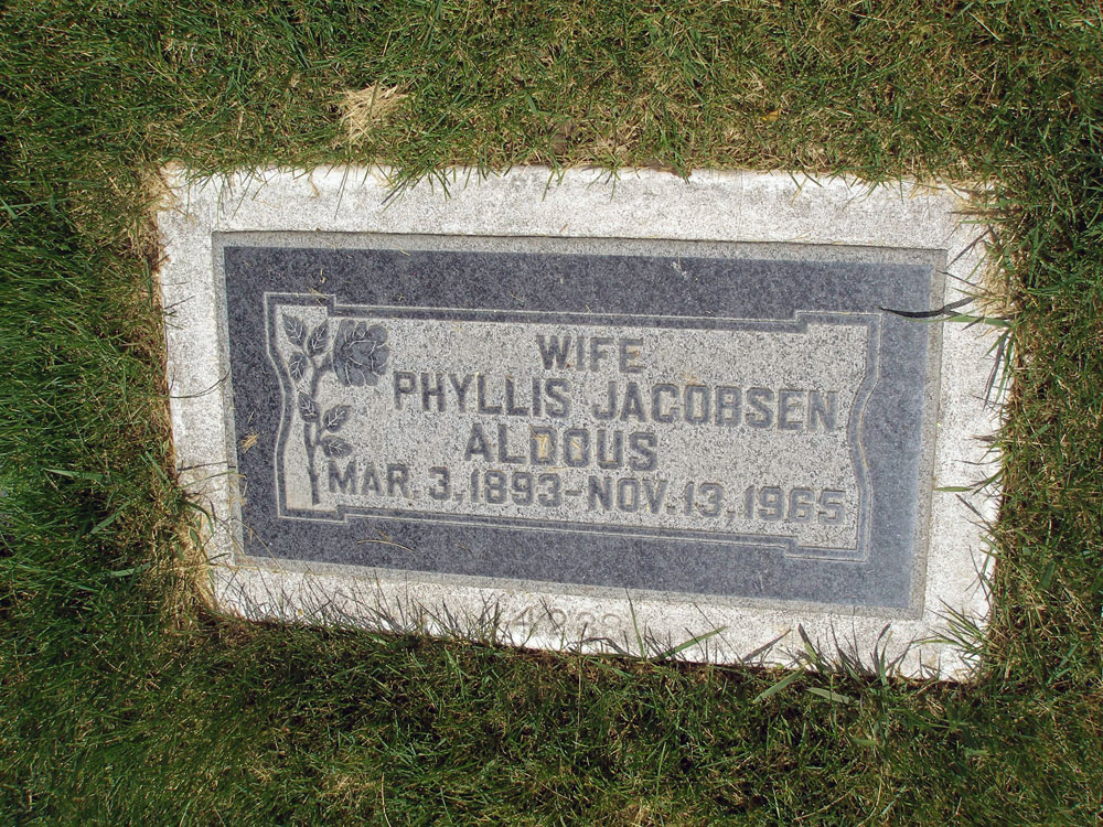 Harriet Phyllis <i>Jacobsen</i> Aldous