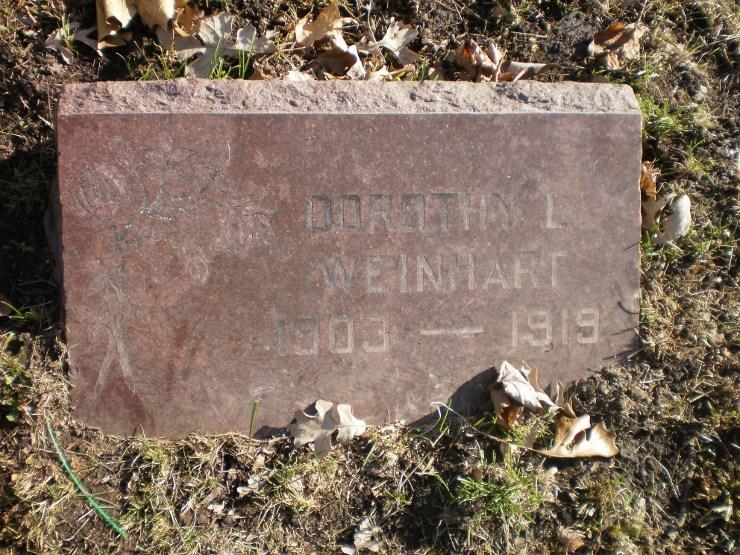 Dorothy L Weinhart