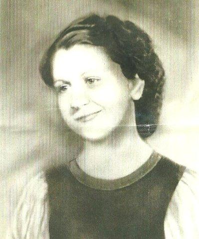 Dollie Oletta <i>Fields</i> George