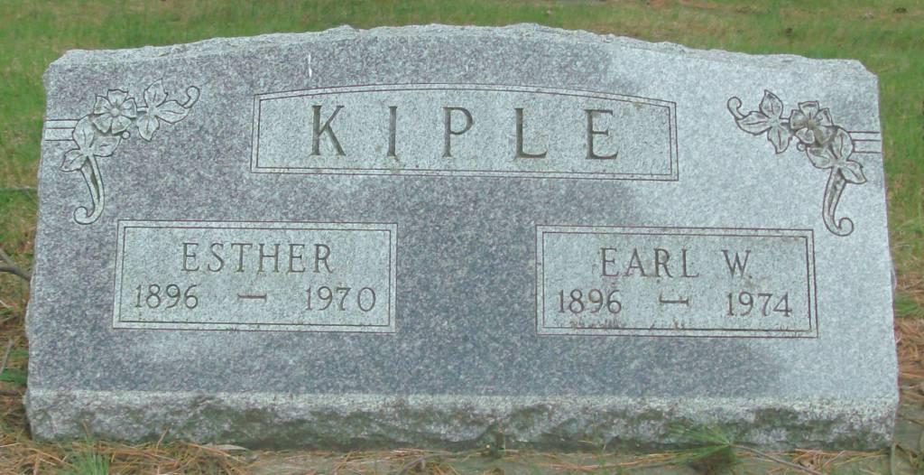 Earl W Kiple