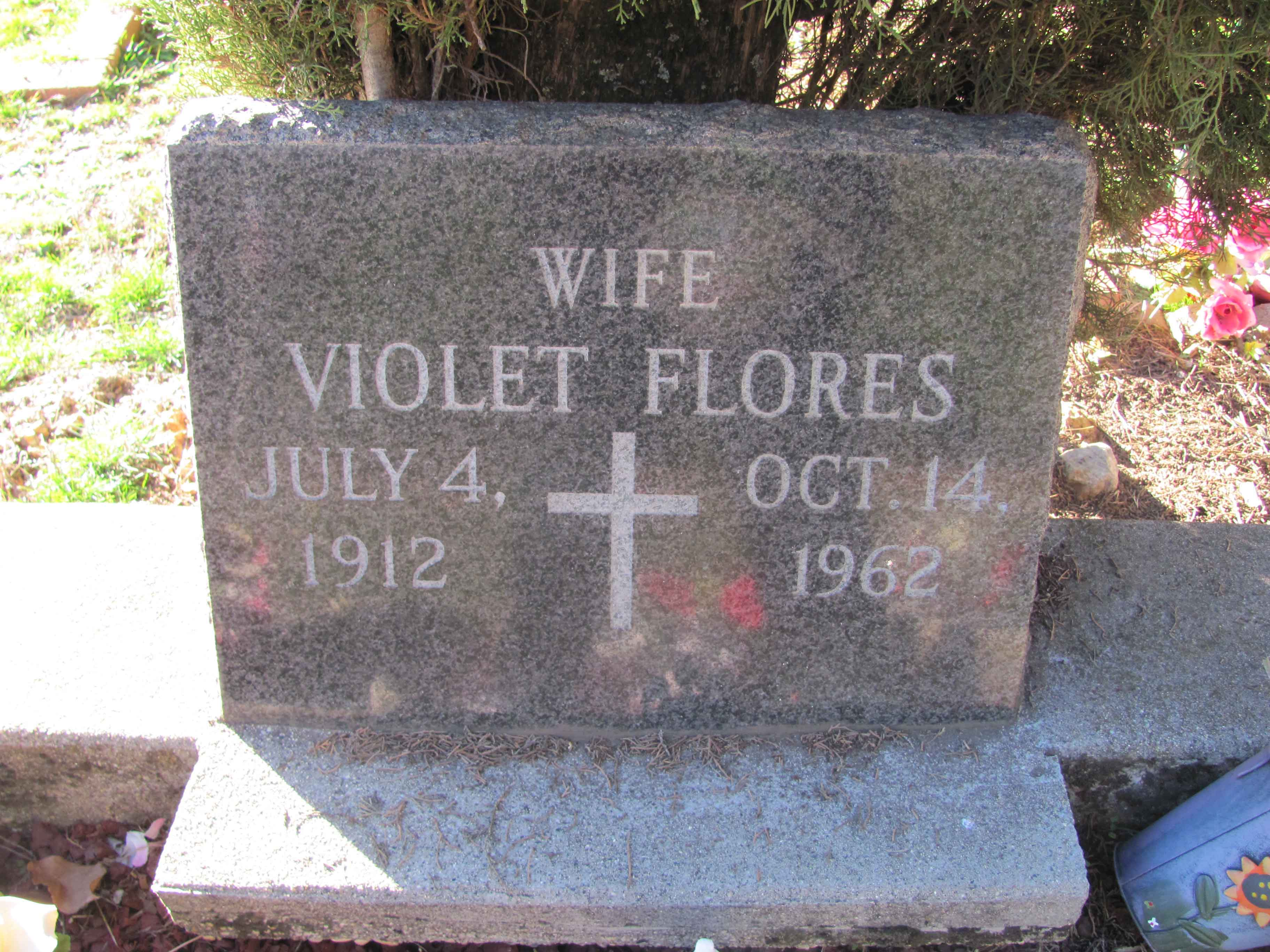 Violet Wynona <i>Suehead</i> Flores