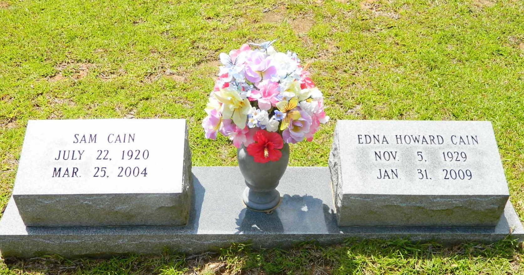Edna Ruth <i>Howard</i> Cain