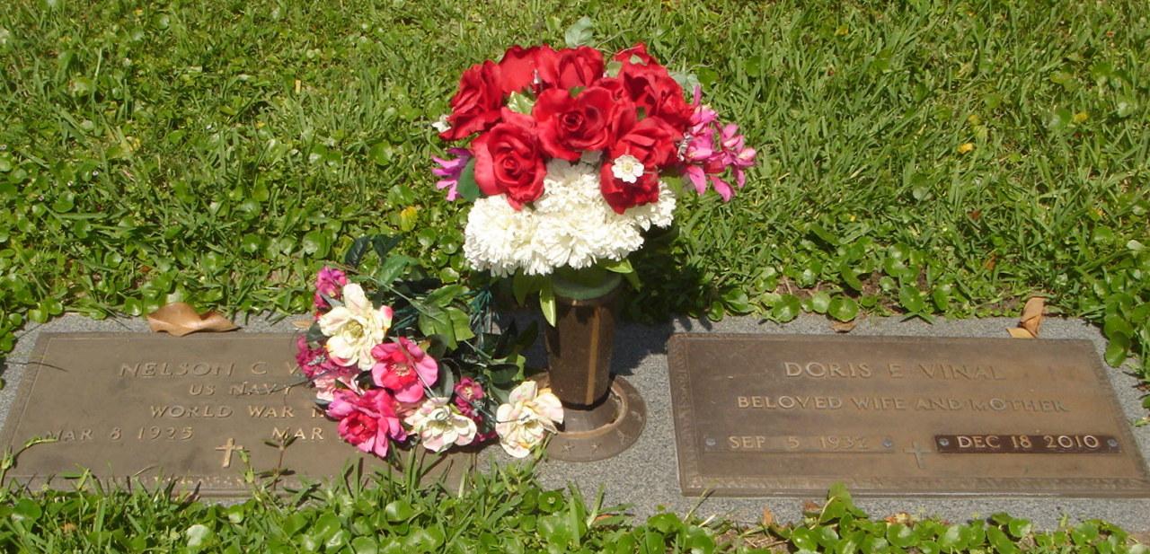 Doris <i>Eure</i> Vinal