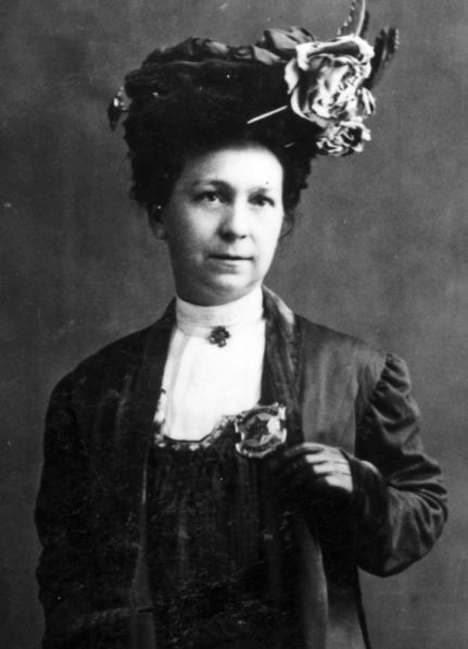alice stebbins wells essay 1 Home training & careers le's first lady le's first lady on april 1 , 1908 (really so great was the impact of alice stebbins wells that the university of.