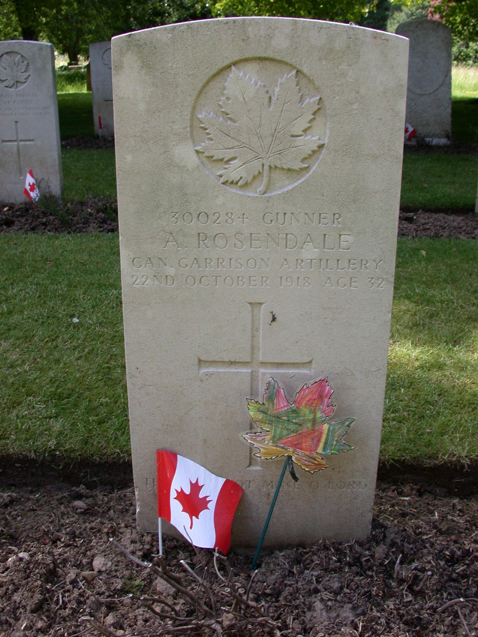 Gravestone of Arthur Rosendale in Bramshott churchyard