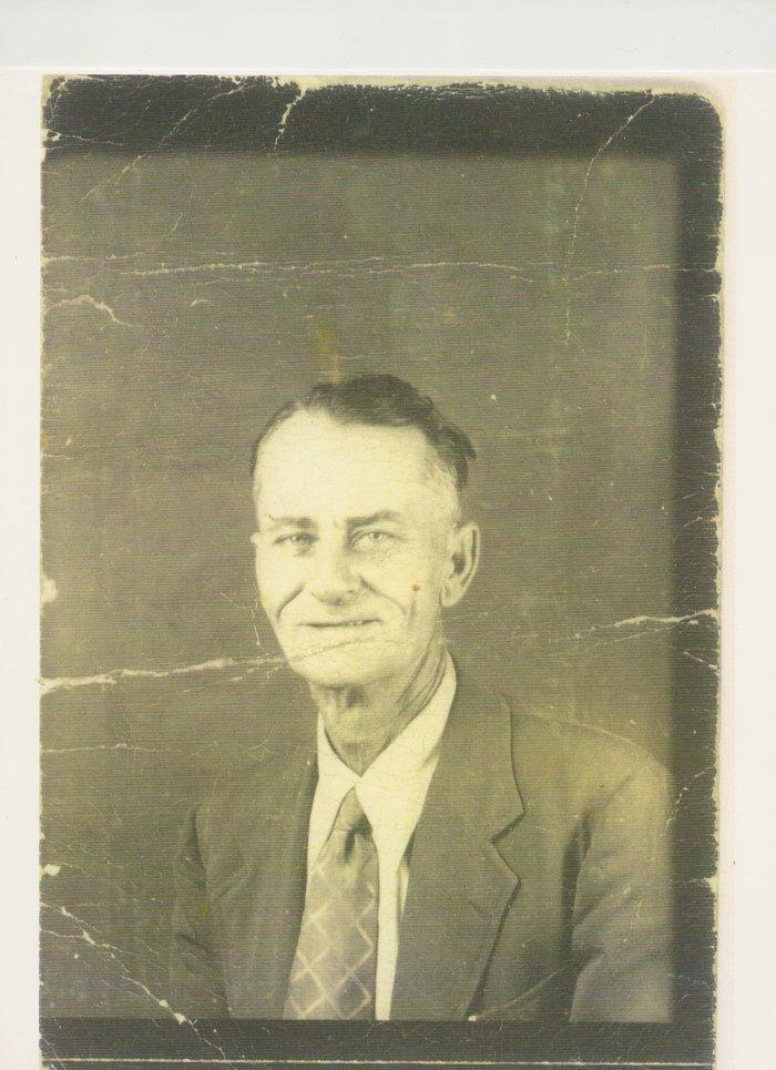 Andrew Benjamin Bennich