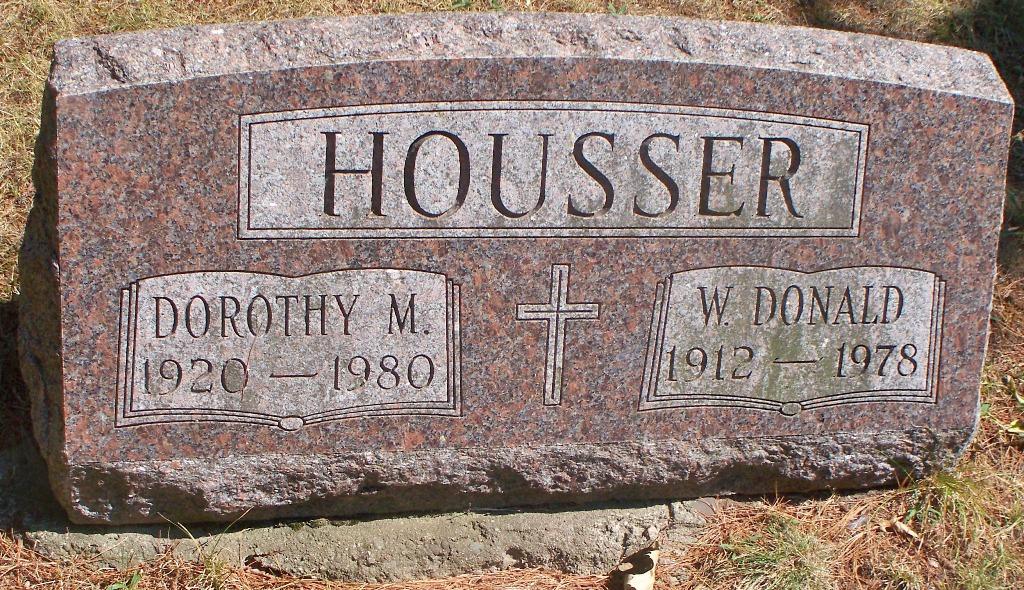Dorothy M <i>Winterton</i> Housser