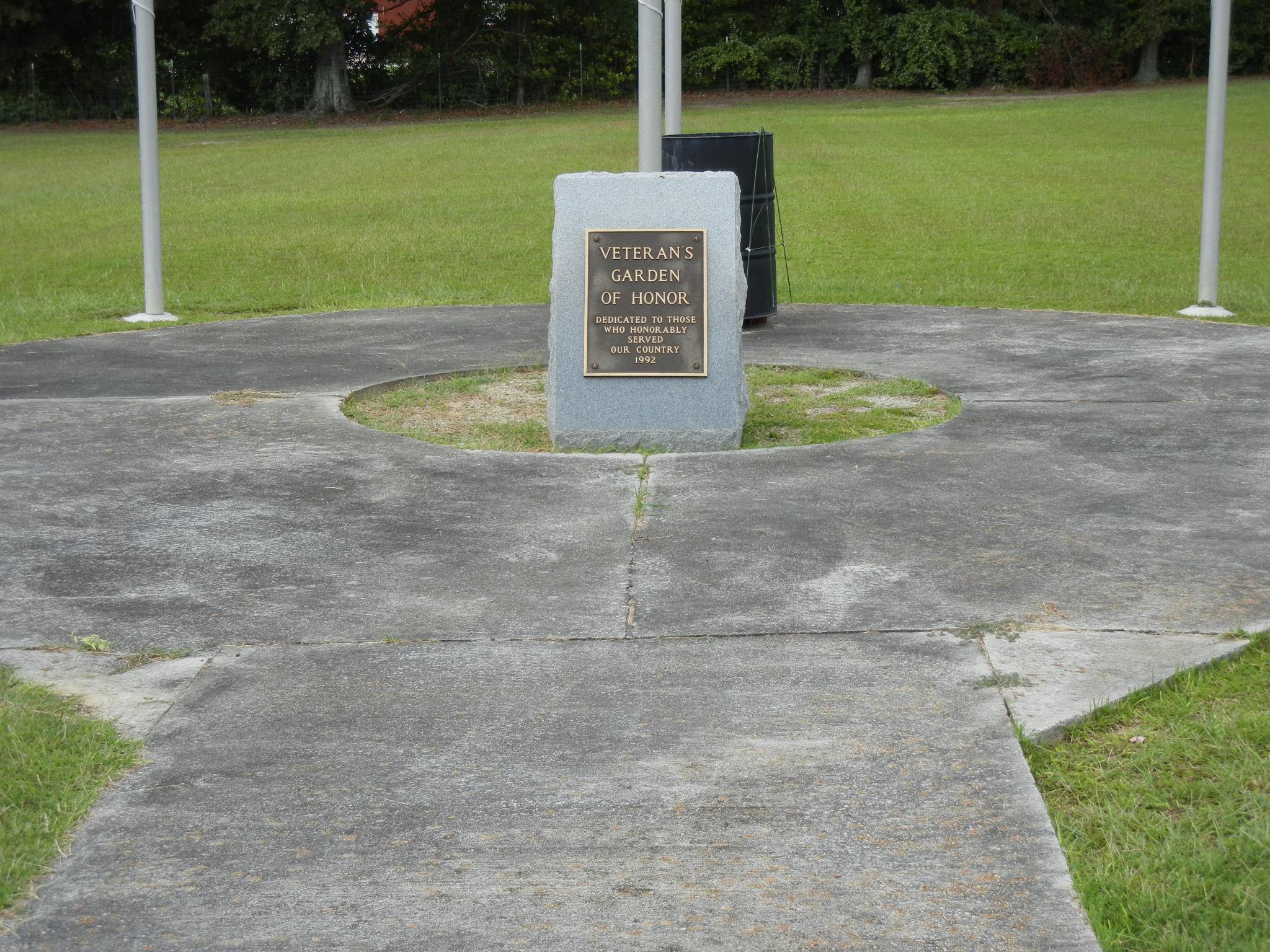 Chilton Memorial Gardens