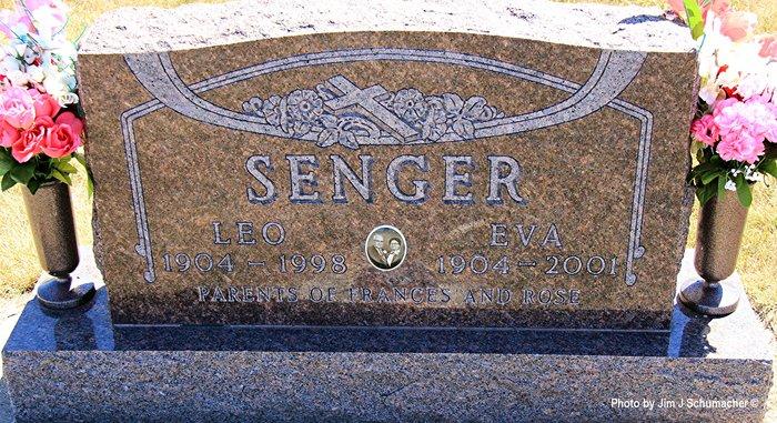 Eva <i>Hauer</i> Senger