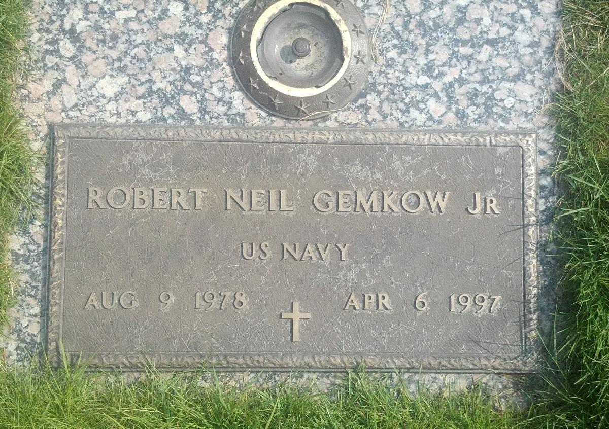 Robert Neil Gemkow, Jr