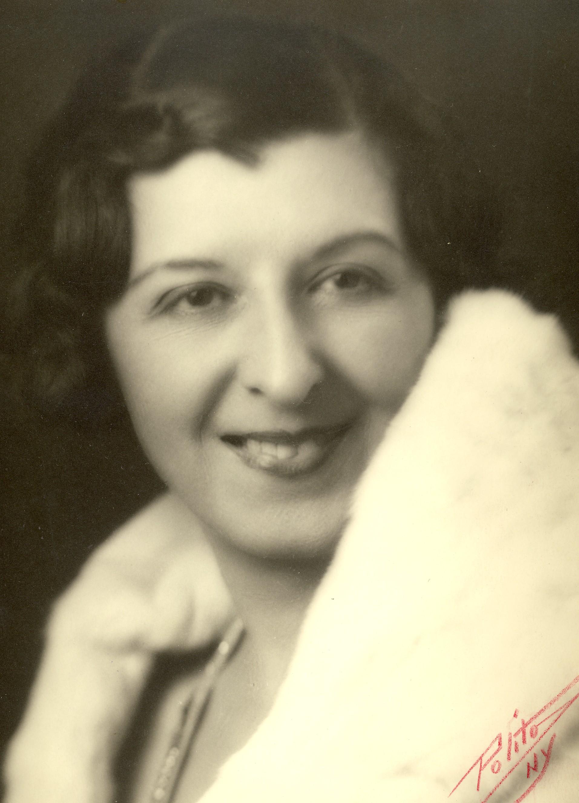 Lillian Herlein Lillian Herlein new photo
