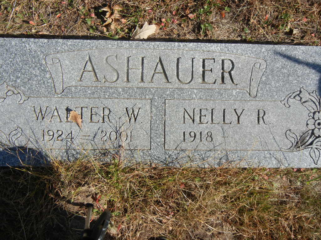 Nelly R Ashauer