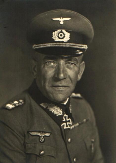Gen Nikolau von Falkenhorst