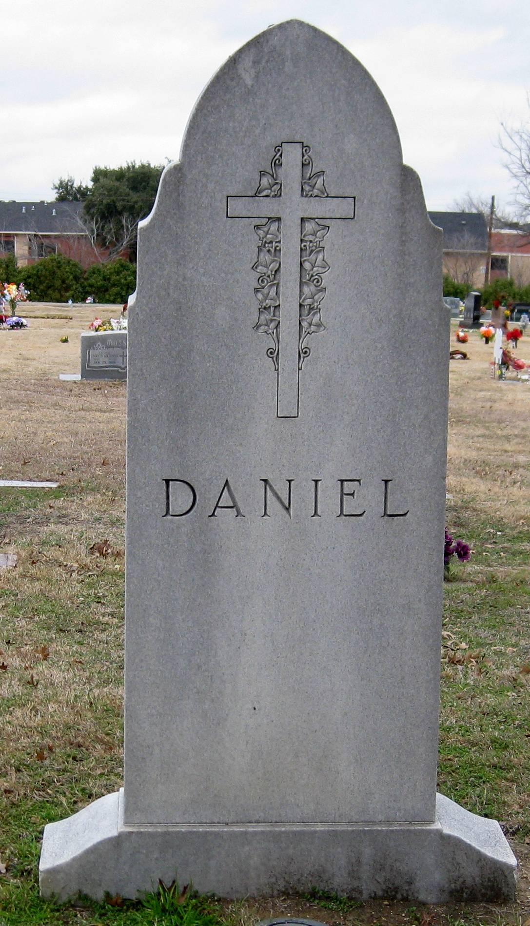 Davis Anthony Dave Daniel