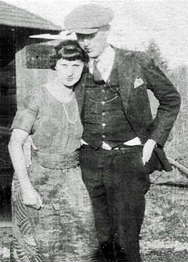 Anna May <i>Oswald</i> Floyd