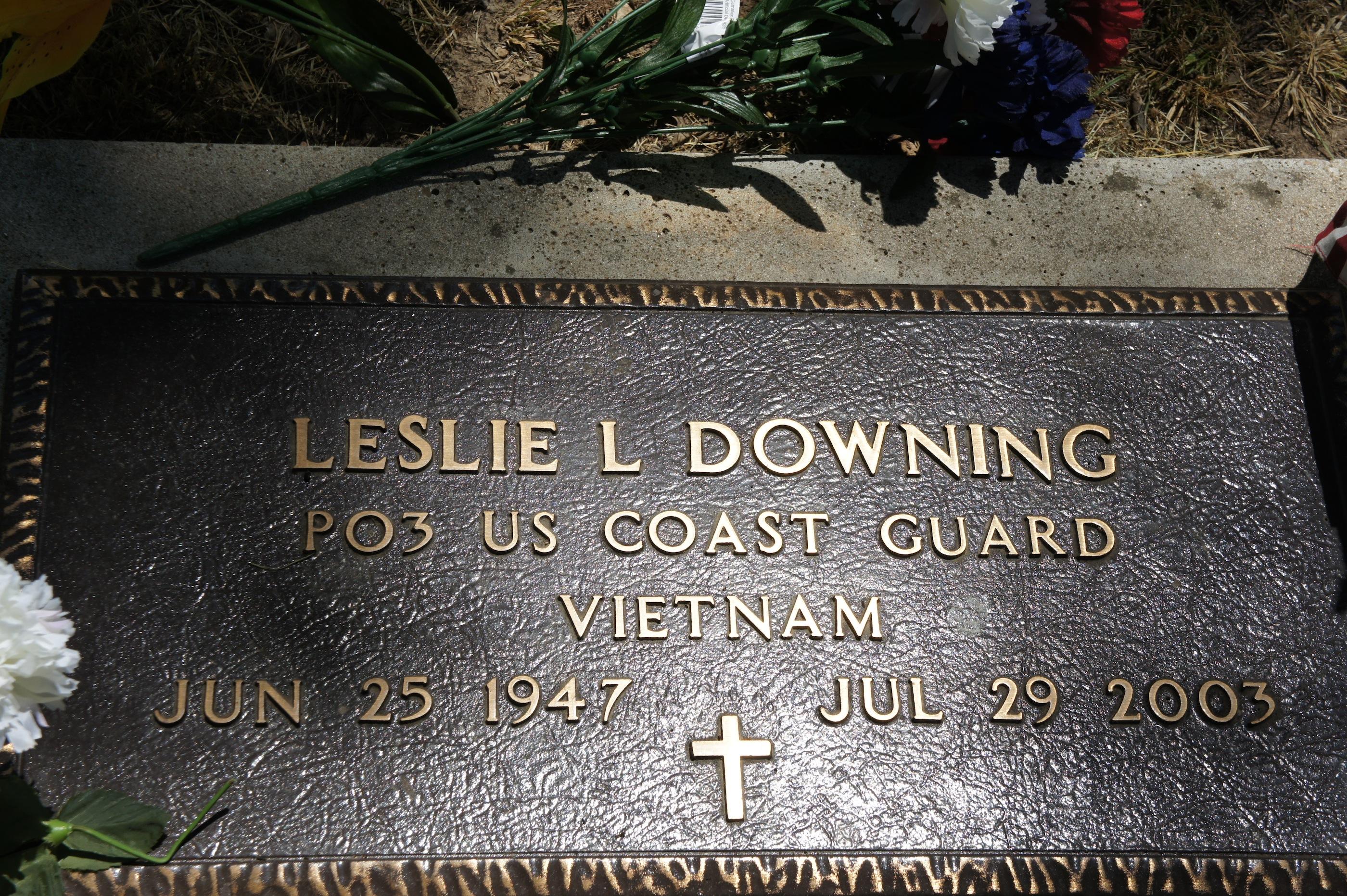 Leslie L Downing