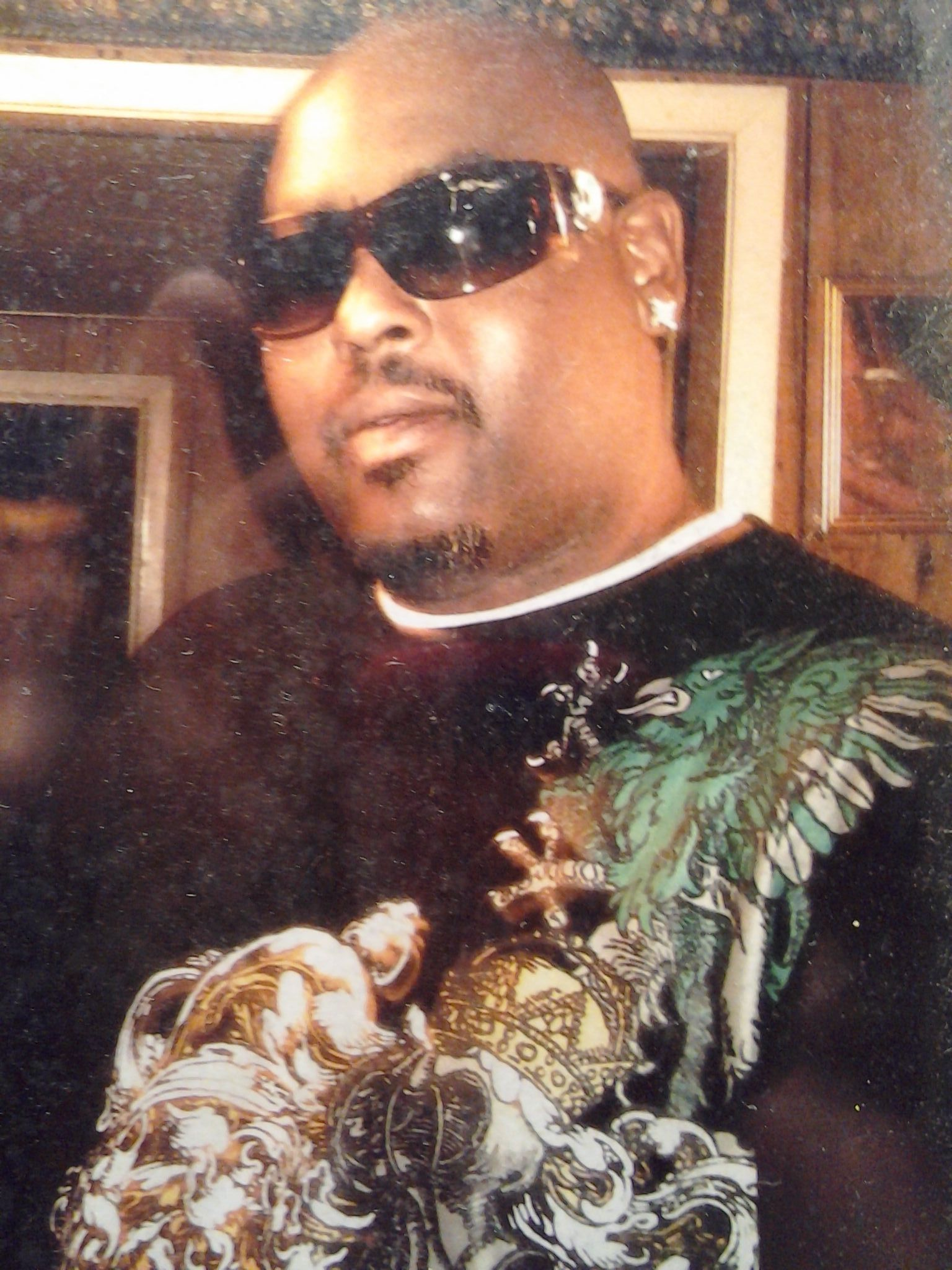 "Robert Earl ""DJ-Screw"" Davis, Jr (1971-2000) - Find A Grave"