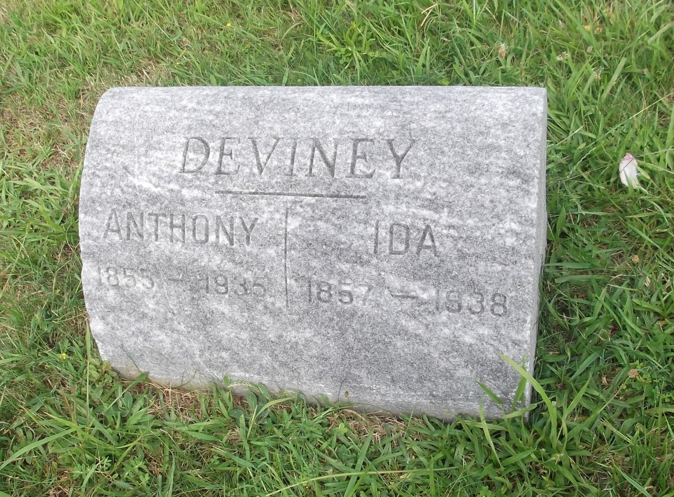 Anthony Deviney