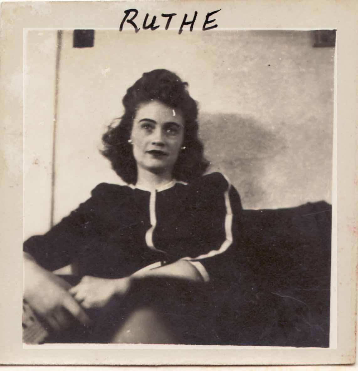 Ruth <i>Barton</i> Pullium
