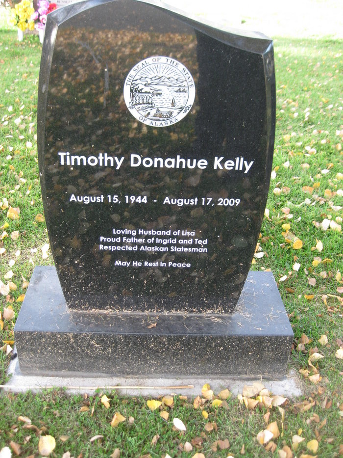 "Timothy Donahue ""Tim"" Kelly (1944-2009) - Find A Grave Memorial"