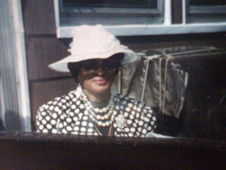 Elizabeth A Wright