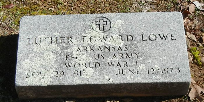 Luther E Lowe