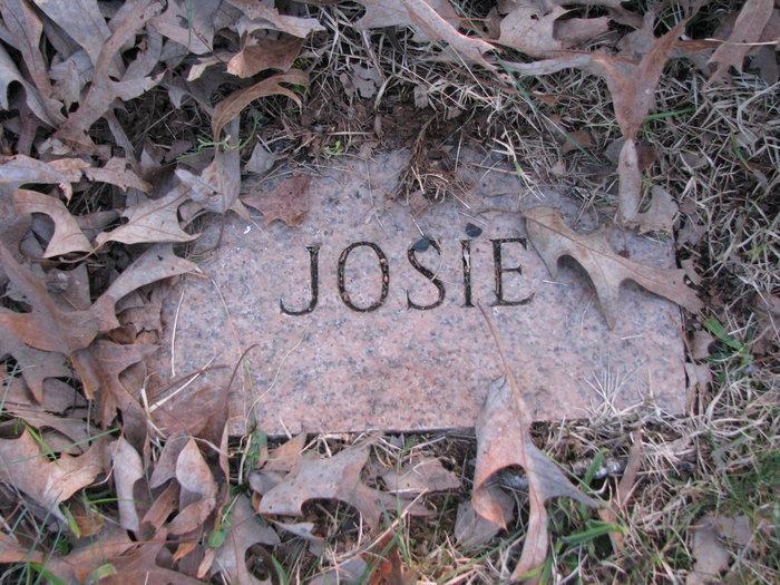 Josie <i>Connatser</i> Atchley